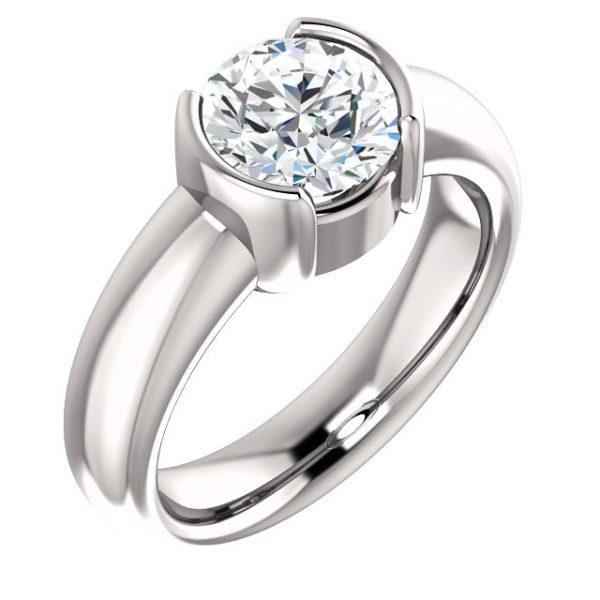 Classic half bezel ring.